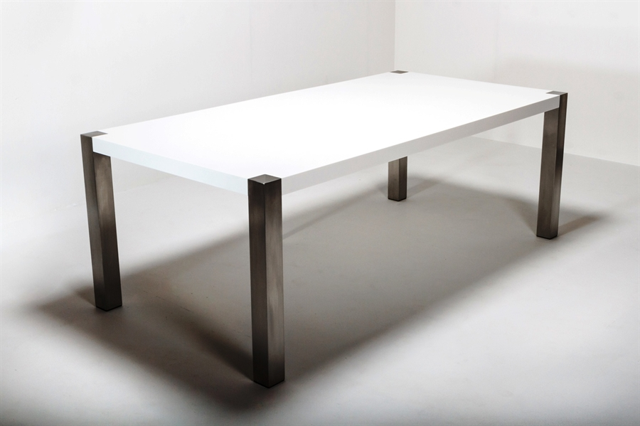 spisebord hvid Steelleg Spisebord hvid Corian m/ 8x8cm stålben 90x200cm  spisebord hvid